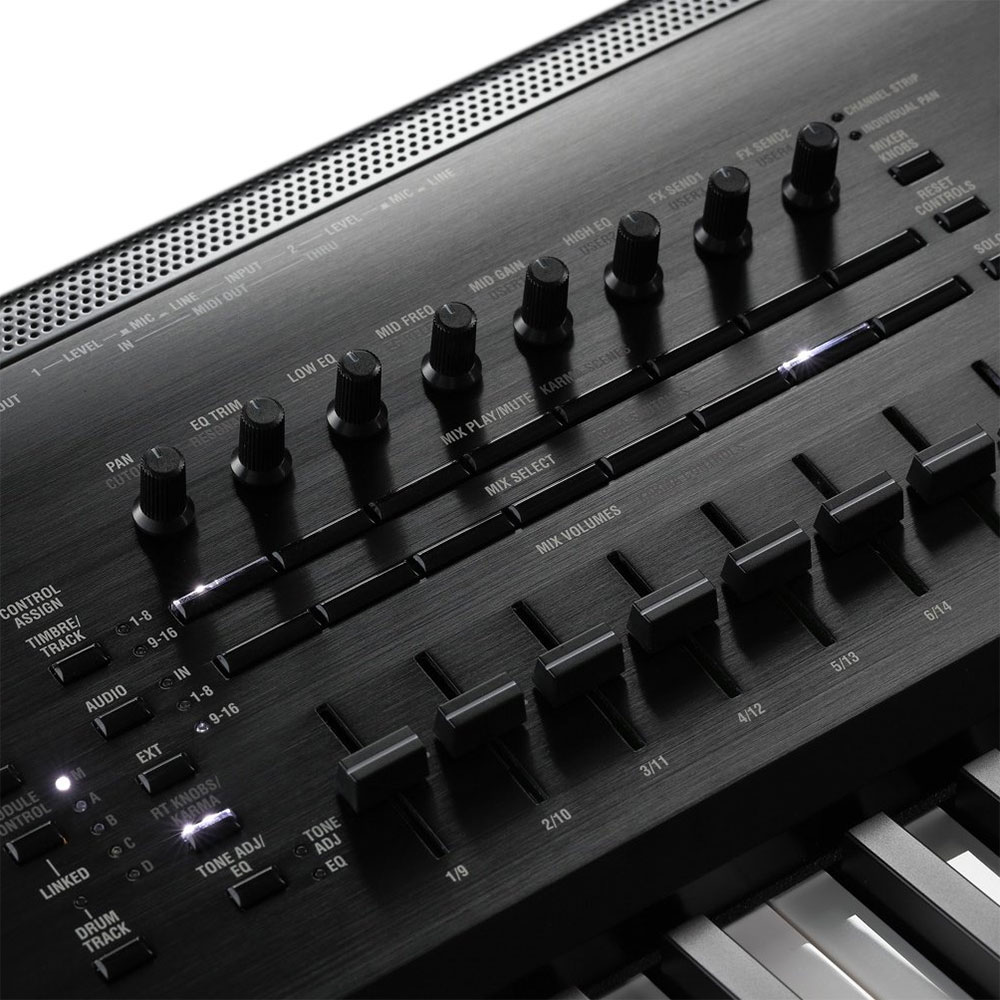 Korg Kronos 73-Key Synthesizer Workstation